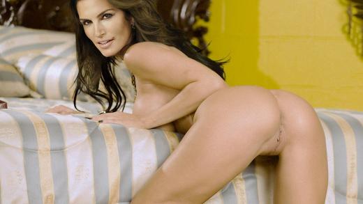 Fotografis xxx Cindy Crawford - famos en playboy fotos xxx modelos teniendo sexo-cantantes enseñando el coño-fotos xxx- videos pono HD (1)