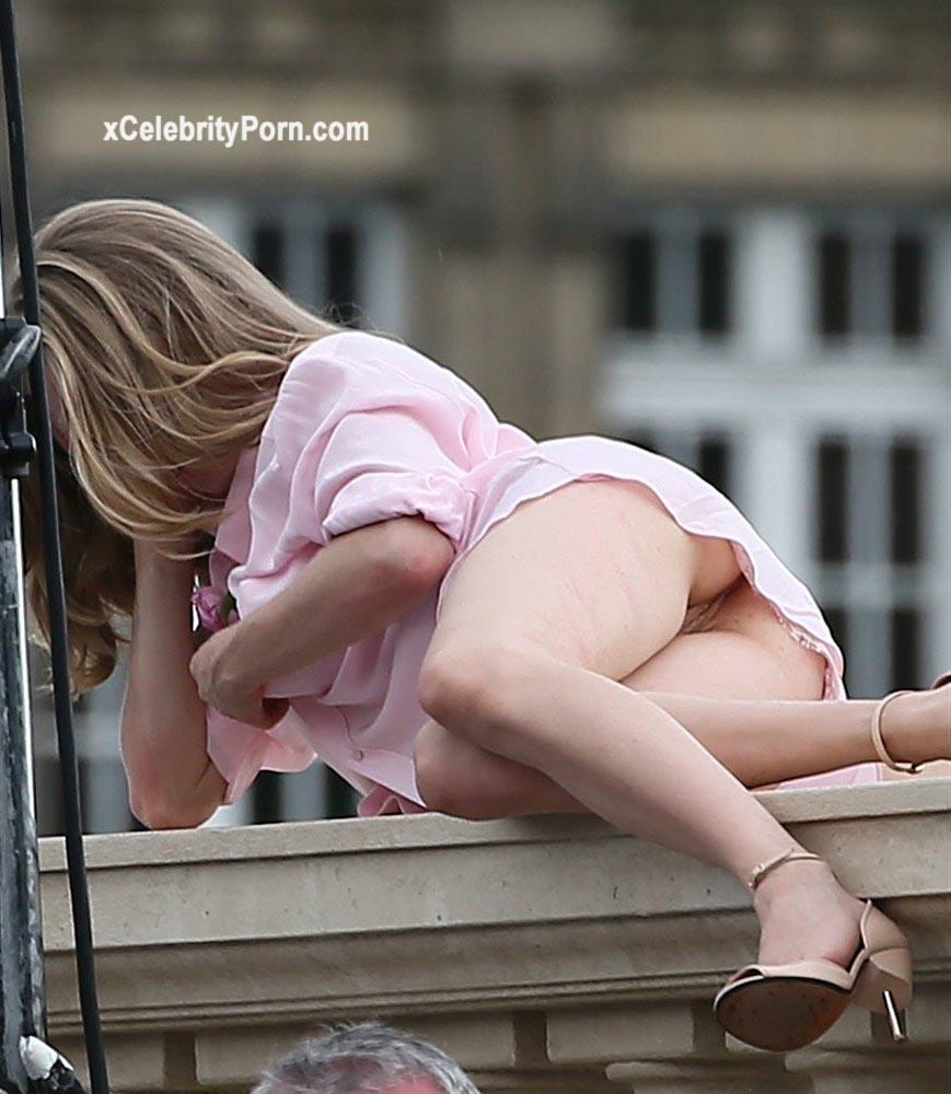 xxx Amanda Seyfried Mostrando su Vagina -puzzy-teen-hd-porn-celebrity-porn-famosas-desnudas-descuidos-fotos-filtradas (3)