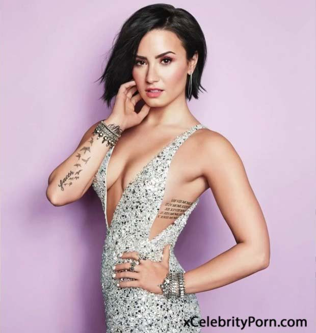 Demi Lovato fotos  xxx-famosasdesnudas- fotos cantantes porno Modelos follando-Celebridades en orgias (11)