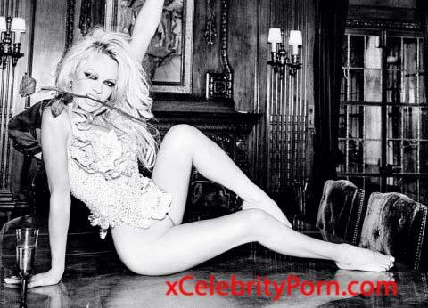Fotos de Pamela Anderson desnuda para Playboy - Fotos filtradas -Famosas Follando -acrtices enseñando tetas  -videos de famosas  xxx - (4)